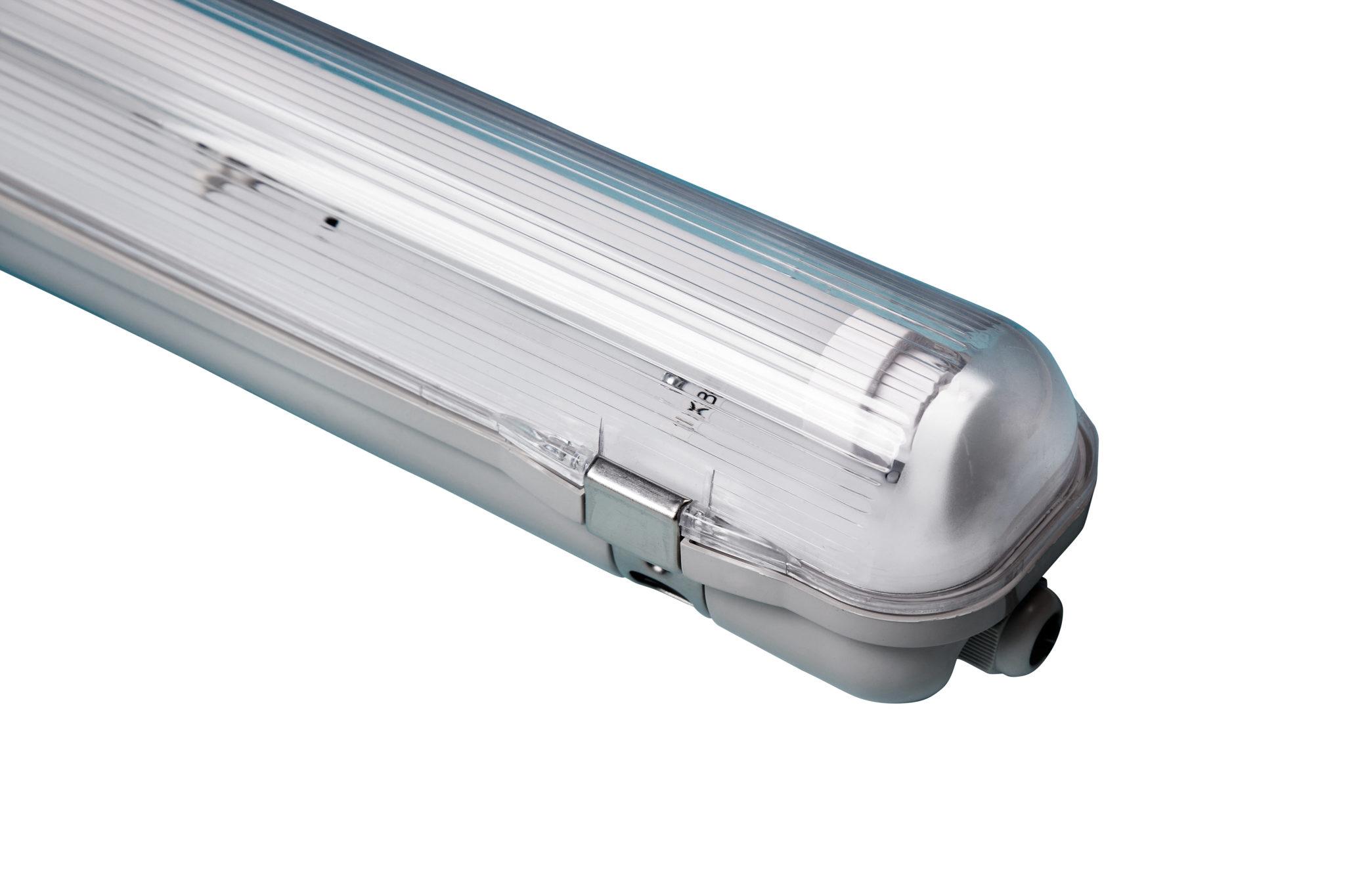 LED basic 1*18 Watt LED Stallbeleuchtung Geflügel LED Stalverlichting kippen LED d'éclairage Volaille LED barn lighting broilers